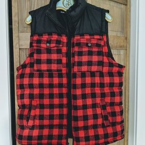 NWOT Plaid Cotton Puffer Vest